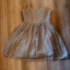 Black/white Jessica Simpson strapless dress size 8